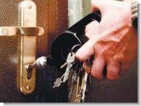 Правоохранителям пришлось спасать от самоубийства незадачливого грабителя Житель КБР пытался ограбить волжскую...